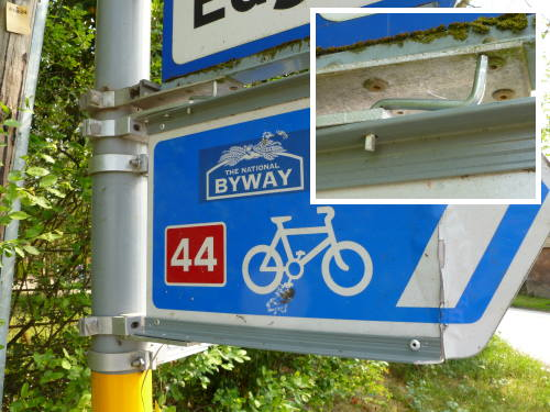 How to fix a fallen-off NCN sign with just an Ikea allen key.